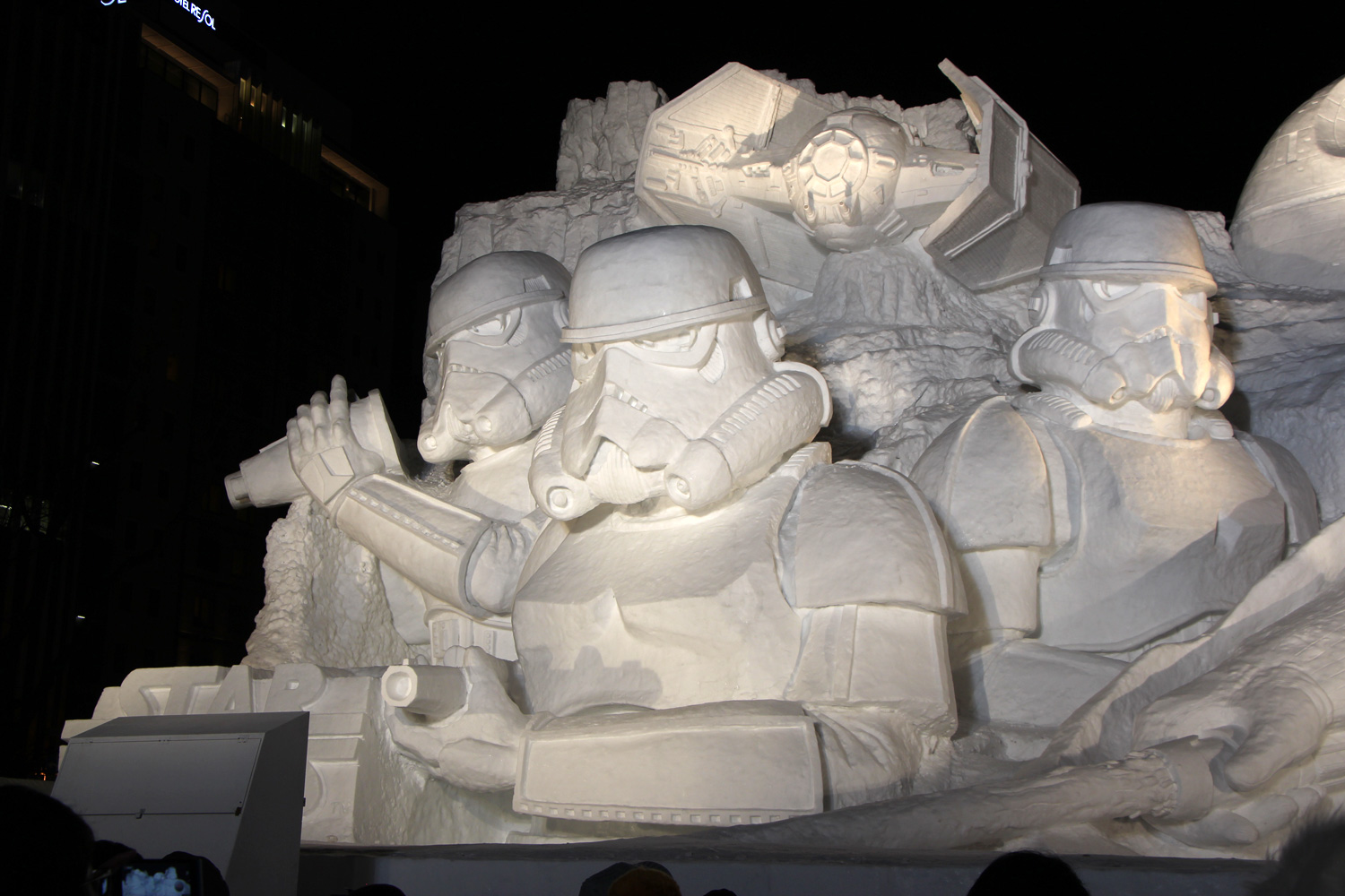 'Star Wars' snow sculpture in Japan/66th Sapporo Snow Festival
